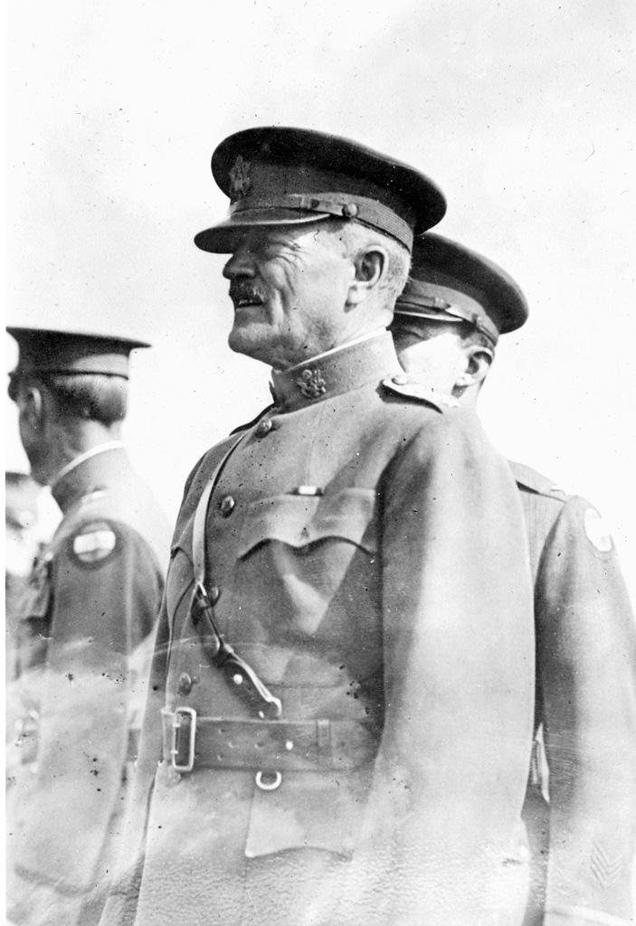 General Pershing inspects re-work 300